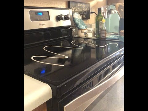 How I clean my oven/glass top stove/tending to other small appliances