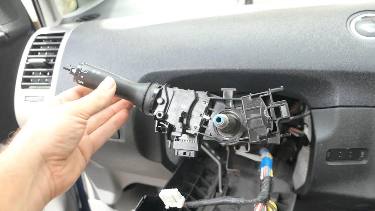 gen 2 prius steering wheel turn switch replacement youtubegen 2 prius steering wheel turn switch replacement
