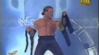 The best Chris Jericho entrance ever - Raw 2001