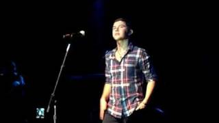 "Scotty McCreery singing ""Back On the Ground"" Lancaster California Jan 29 2012 Solo Concert!"