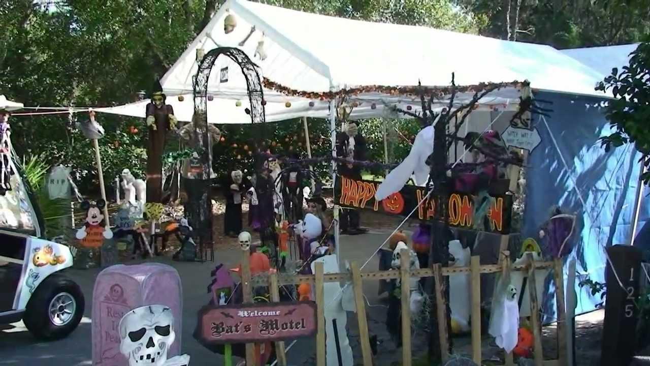 Disney's Fort Wilderness Resort & Campground, Halloween Campsite Decorations, Daytime 10/23/11 ...