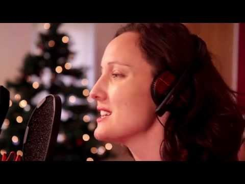Kate O' Callaghan -  The Holly and The Ivy (Official Music Video)