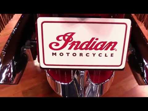2017 Indian Vintage RW Special Series Pro Lookaround Le Moto Around The World