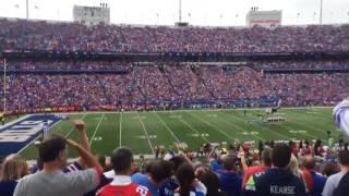 "Buffalo Bills fans chant ""USA"" in disapproval of Colin Kapernick"