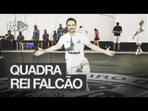 FALCÃO É HOMENAGEADO PELO SANTOS FC