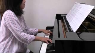 「雲は白リンゴは赤」 ピアノ伴奏です。 良かったら一緒に歌ってみてく...