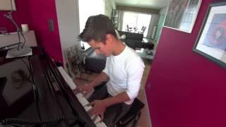 """Yuri - """"Ik wil niet dat je weggaat"""" on piano (clouseau cover)"""