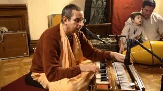 Niranjana Swami - Hare Krishna Kirtan (2) - Sunday, 12/19/2010
