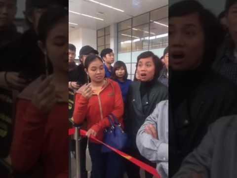 VietJet Air delay chuyến bay của hành khách và cái kết không thể đắng hơn.