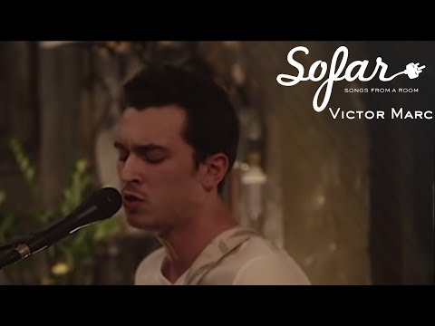 Victor Marc - Mama, You Been On My Mind | Sofar Lyon