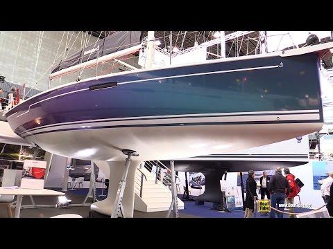 2017 Dehler 34 Sailing Yacht - Deck and Interior Walkaround - 2016 Salon Nautique Paris