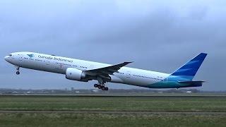 Garuda Indonesia - Boeing 777-300 ER - Fast takeoff at AMS Schiphol (PK-GID)