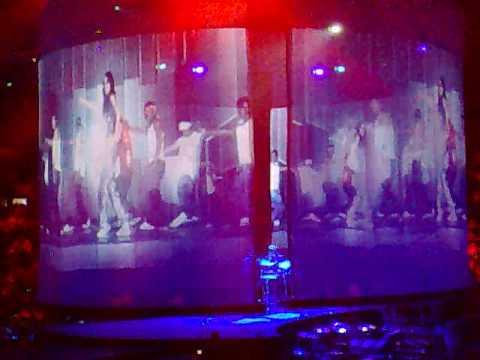 Aaliyah Tribute @ Justin Timberlake Concert Toronto 2008