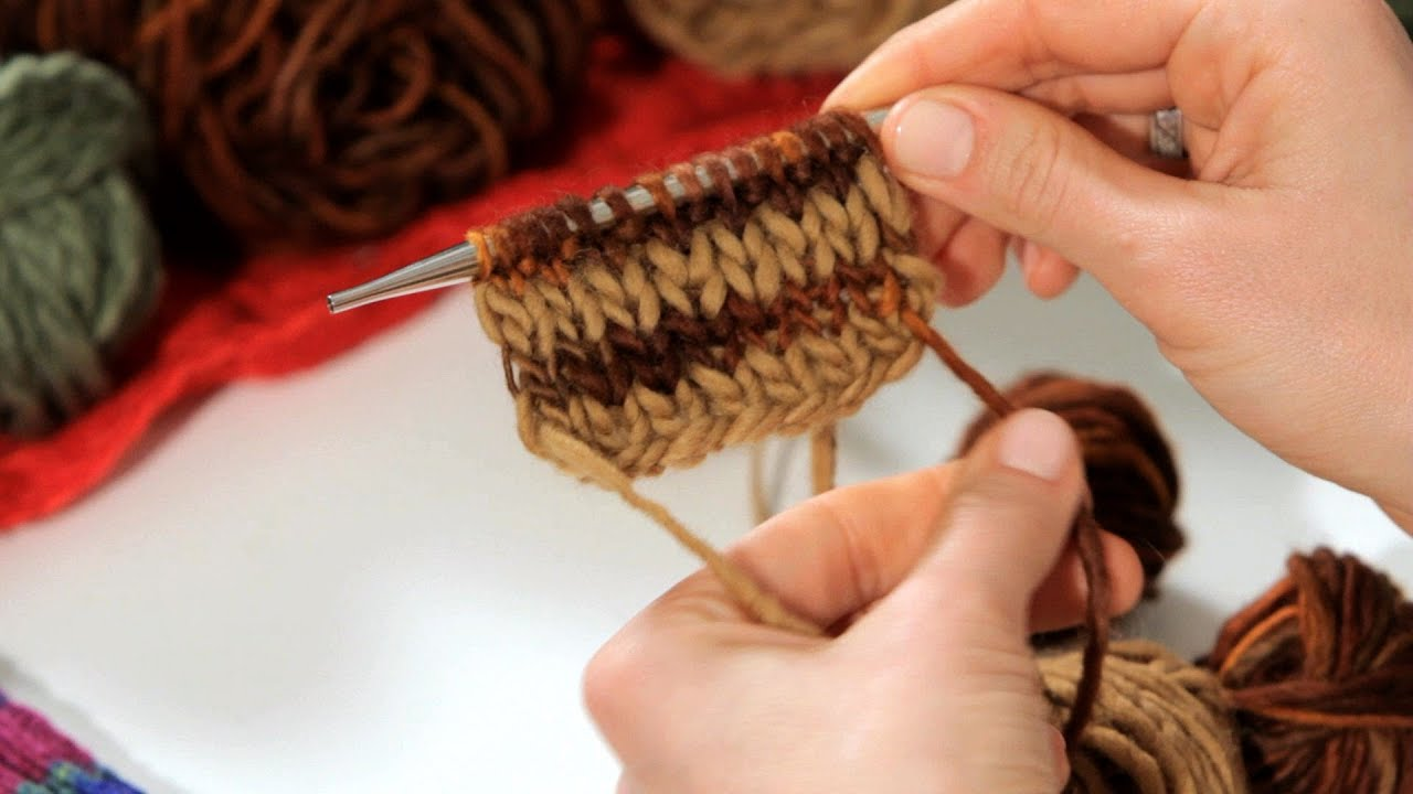 How To Knit A Striped Scarf Knitting Youtube