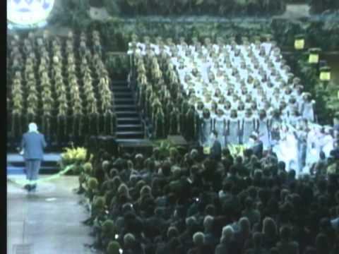 2002 Punahou School Commencement Ceremony (June 1, 2002)