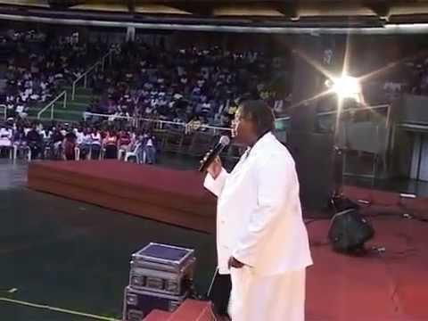 Hlengiwe Mhlaba Sweet Jesus live performance