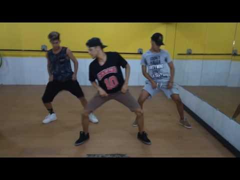 MC Fioti - Bum Bum Tam Tam ( COREOGRAFIA ) thumbnail