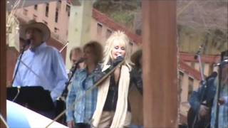 "Dolly Parton - ""My Tennessee Mountain Home"" - Live at Dollywood"