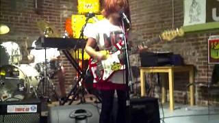 Смотреть клип Skating Polly - Free Tulsa