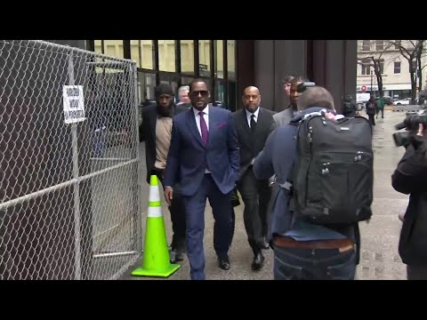 VIDEO: R. Kelly leaving court after Wednesday's child support payments hearing Mp3
