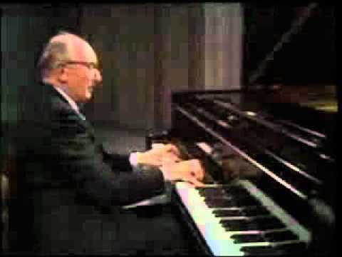 Clifford Curzon plays Liszt Sonata in B minor (2/2)