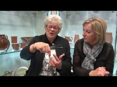 Glove Stories: Julia - a teddy bear made of fourchettes