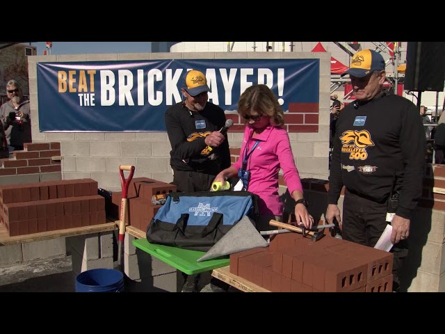 Marshalltown at the SPEC MIX BRICKLAYER 500®