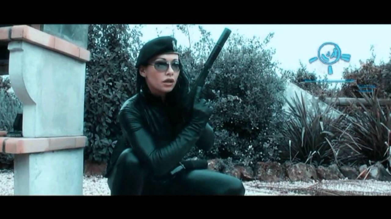 Hitwoman In Black Lycra Breaks Into A Building To Kill Doovi