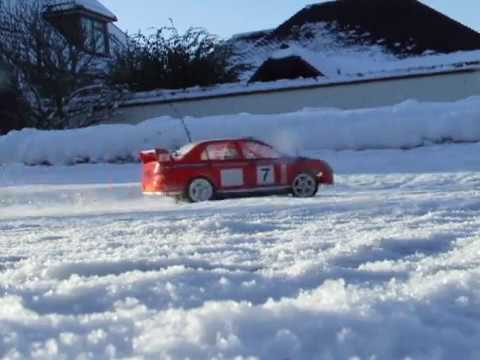 Tamiya TB-01 Mitsubishi Evo VII in snow and ice