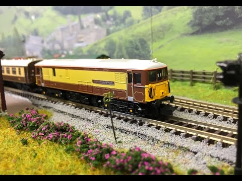 N gauge Train Shed Part 8: BR Class 73 Pullman 73101