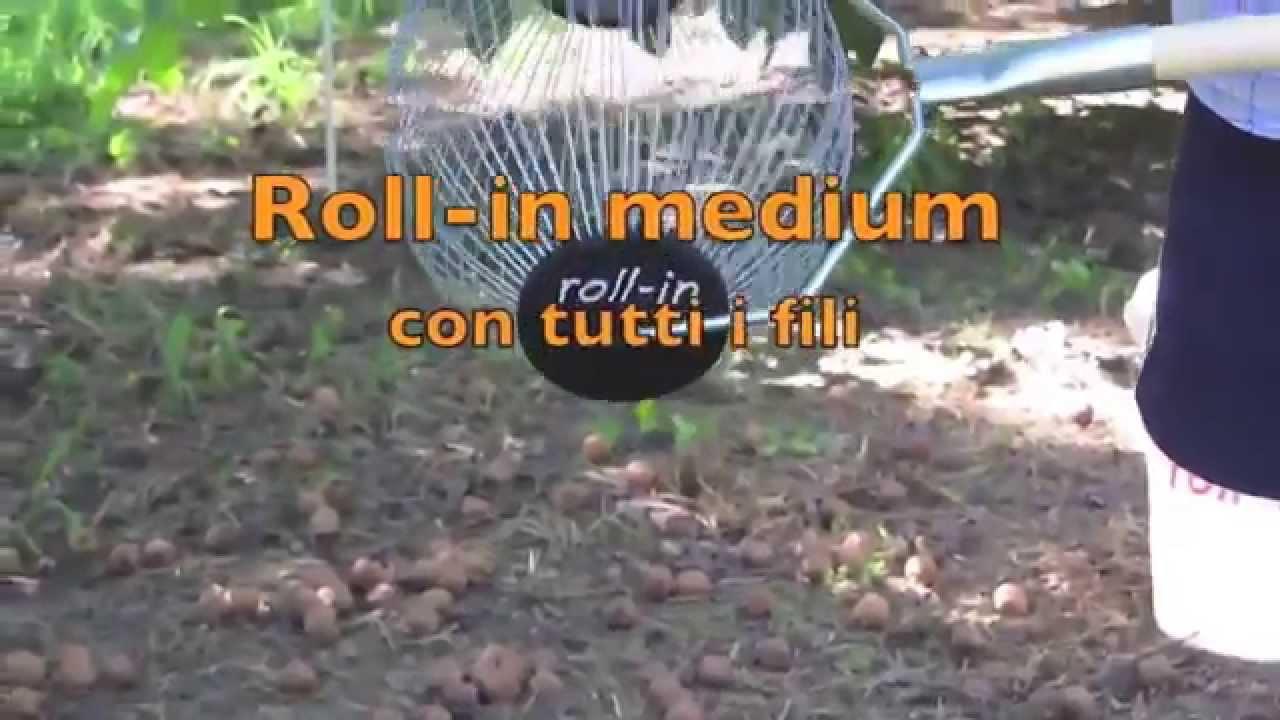 Raccogliere noci e castagne roll in medium youtube for Raccogliere castagne