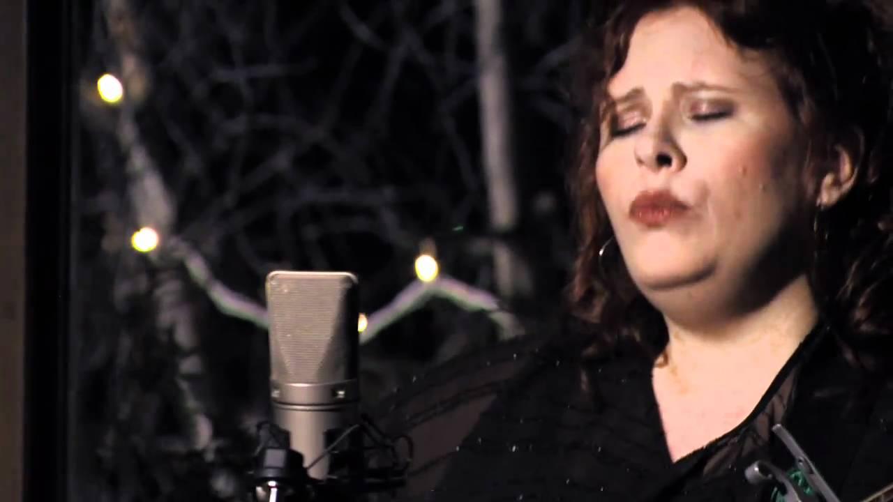video: Suzie Vinnick - Little One