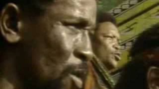 Repeat youtube video N'Kosi Sikeleli (Miriam Makeba, Ladysmith Black Mambazo, Paul Simon)