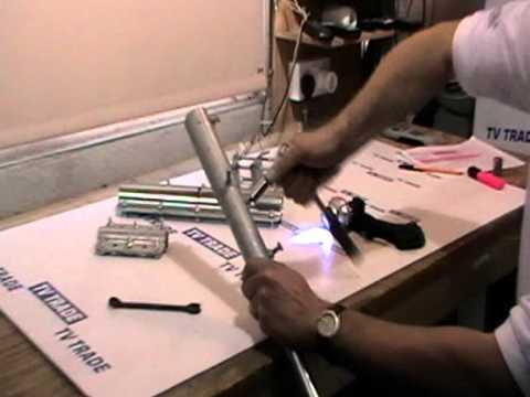 CARAVAN AERIAL//SAT-DISH//FLAGPOLE//  POLE CLAMPS