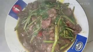 Fried Chicken Accessories water Milong / Khmer Food / ឆាកញ្ឆែតគ្រឿងក្នុងមាន់