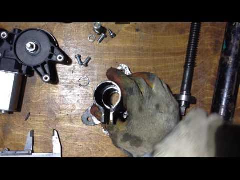 видео: Электропривод (актуатор) своими руками.