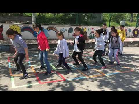 Herkesin Aradığı O şarkı Minue  ( Minue ) - Muhteşem çocuk Dansı