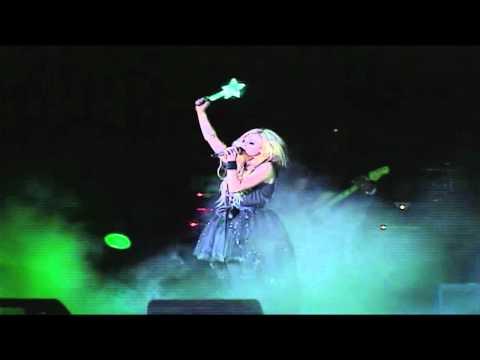 Avril Lavigne en Caracas Venezuela Black Star & What the Hell