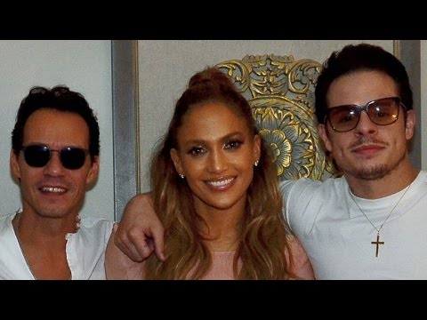 Jennifer Lopez Poses With Ex Marc Anthony and Boyfriend Casper Smart Backstage at Vegas Residency