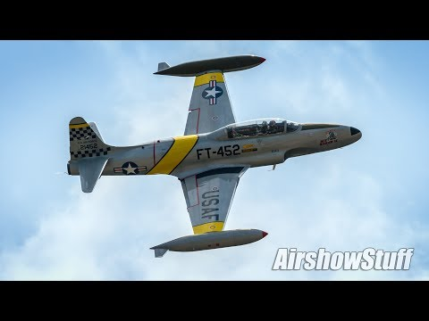 "T-33 ""Ace Maker II"" Aerobatics - Melbourne Air and Space Show 2017"