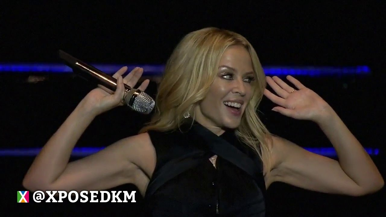 Download Kylie Minogue - Can't Get You Out Of My Head (Live Singapore F1 GP 2016) Pro Shoot