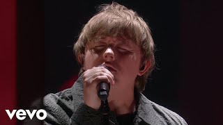 Lewis Capaldi - Someone You Loved (Live From The BRIT Awards, London 2020)