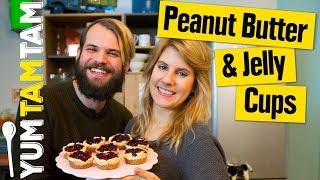 Peanut Butter & Jelly Törtchen // Cookie Cups mit Erdnusscreme & Marmelade  // #yumtamtam