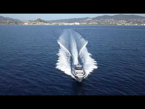 Bluegame 42 in Cannes with Lengers Yachts