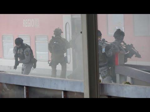 Großübung der GSG 9 + BFE+ der Bundespolizei im Bahnhof Berlin-Lichtenberg am 25.09.17 + O-Töne