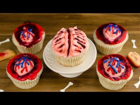 Heart & Brain Cupcakes: How to Make Halloween Cupcakes from Cookies Cupcakes and Cardio
