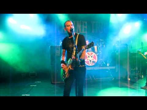 Alkaline Trio - Private Eye (live in Hamburg 2010)