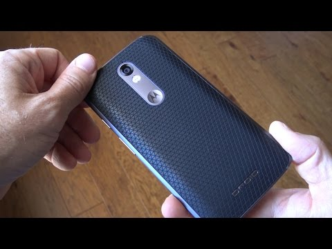 Droid Turbo 2 Review! (Filmed on a Droid Turbo 2!)