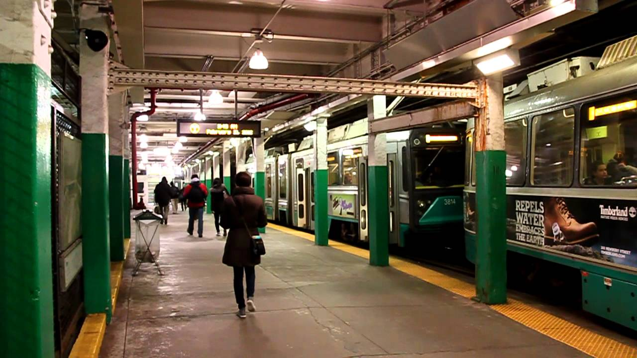 Boston Green Line trams at Boylston (2012) - YouTube