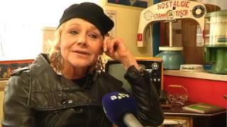 Jukebox Sammler Horst Wörle trifft Linda G.Thompson in seinem Museum